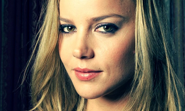 Abbie-Cornish-4